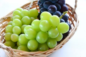 ブドウの食べ方