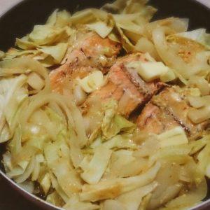 フライパンで!鮭のちゃんちゃん焼き