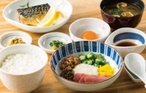 ねばとろごはんと焼魚の定食