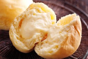 くりーむパン(八天堂・カスタード)