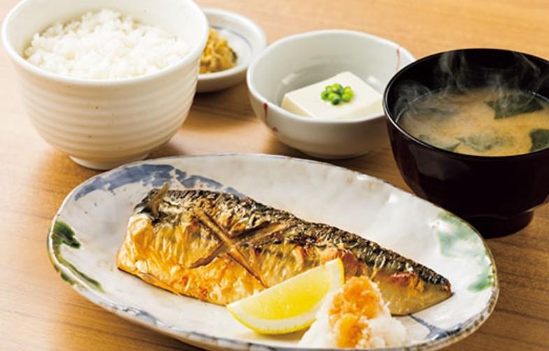 サバの塩焼定食(やよい軒)