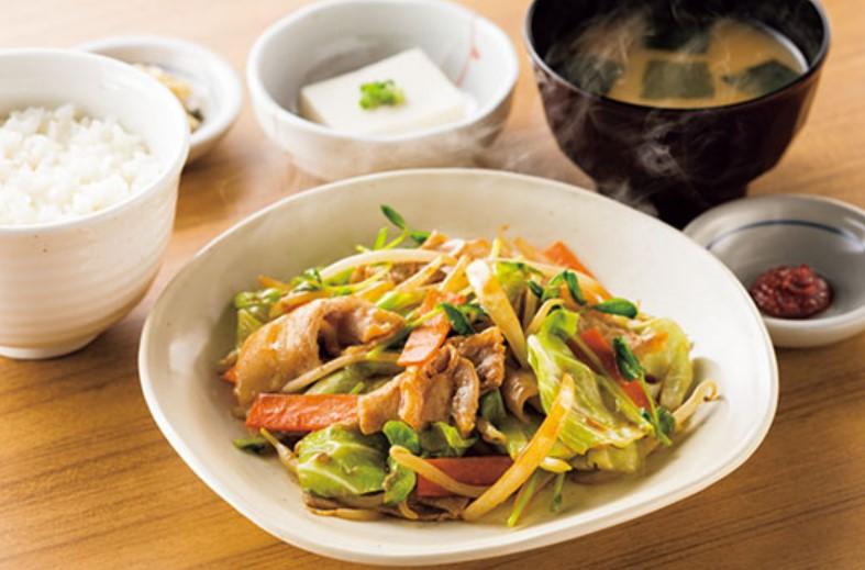 肉野菜炒め定食(やよい軒)