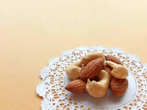 アーモンドの実食